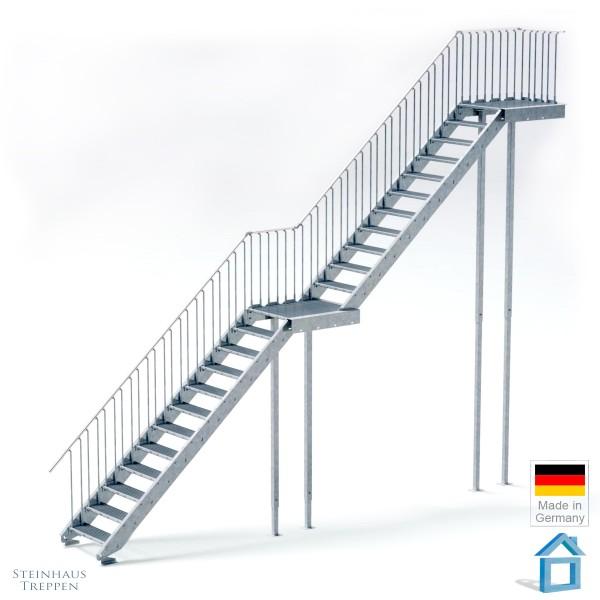 Stahltreppe gerade 120 cm Breite, mit Zwischenpodest ab GH 414 cm